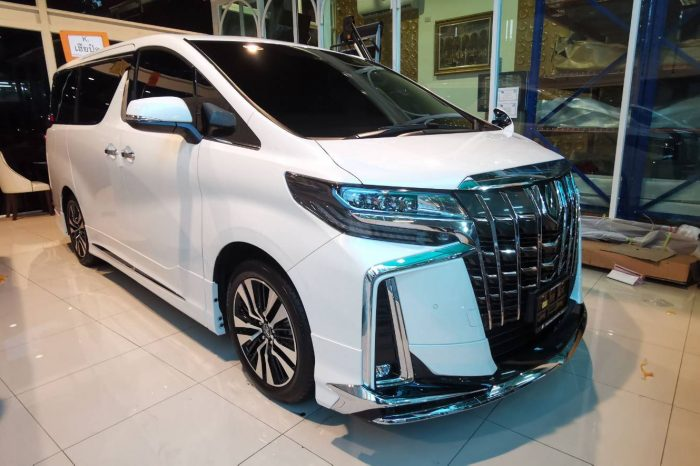 ALPHARD AND HYUNDAI H1 LUXURY SERVICE.
